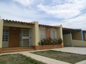 Casa En Ventaen Punto Fijo, Santa Fe, Venezuela, VE RAH: 19-6476
