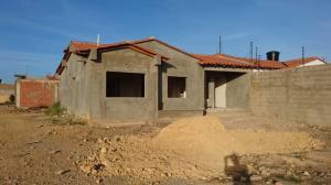 Casa En Ventaen Punto Fijo, Puerta Maraven, Venezuela, VE RAH: 19-6480