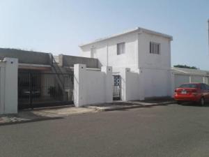 Casa En Ventaen Punto Fijo, Campo Maraven, Venezuela, VE RAH: 19-6481