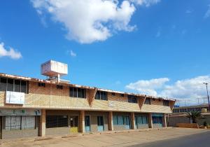 Local Comercial En Ventaen Coro, Centro, Venezuela, VE RAH: 19-6499