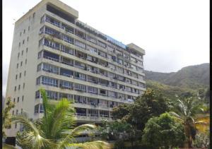 Apartamento En Ventaen Parroquia Caraballeda, Los Corales, Venezuela, VE RAH: 19-6500