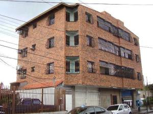 Apartamento En Alquileren Maracay, La Cooperativa, Venezuela, VE RAH: 19-6649