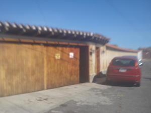 Casa En Ventaen El Junquito-Vargas, El Junko Country Club, Venezuela, VE RAH: 19-6981