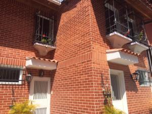 Townhouse En Ventaen Caracas, Santa Ines, Venezuela, VE RAH: 19-6608