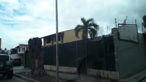 Local Comercial En Alquileren Barquisimeto, Zona Este, Venezuela, VE RAH: 19-6666