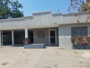 Casa En Alquileren Cabimas, Zulia, Venezuela, VE RAH: 19-6693