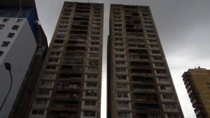 Apartamento En Ventaen Caracas, Parroquia Santa Rosalia, Venezuela, VE RAH: 19-6722