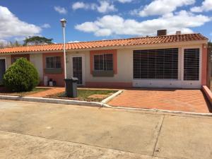 Casa En Ventaen El Tigre, Sector Avenida Intercomunal, Venezuela, VE RAH: 19-6730