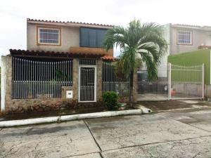 Casa En Ventaen Charallave, Colinas De Betania, Venezuela, VE RAH: 19-6767