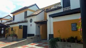 Townhouse En Ventaen Municipio Naguanagua, Tazajal, Venezuela, VE RAH: 19-6792