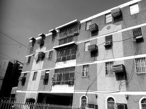 Apartamento En Ventaen Municipio San Francisco, San Francisco, Venezuela, VE RAH: 19-6865
