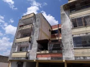 Apartamento En Ventaen Cabudare, Parroquia Cabudare, Venezuela, VE RAH: 19-6877