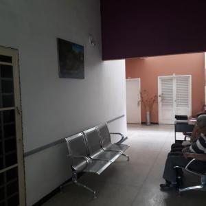Consultorio Medico  En Alquileren Maracay, La Maracaya, Venezuela, VE RAH: 19-6903