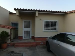 Casa En Ventaen Cabudare, Parroquia José Gregorio, Venezuela, VE RAH: 19-6589
