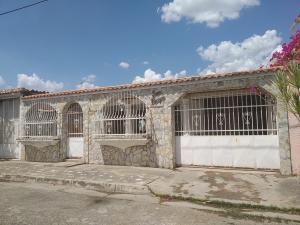 Casa En Ventaen Turmero, Los Overos, Venezuela, VE RAH: 19-6951