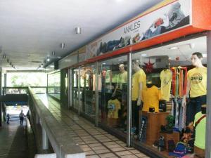 Local Comercial En Ventaen Maracay, Urbanizacion El Centro, Venezuela, VE RAH: 19-7128