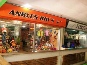 Local Comercial En Ventaen Maracay, Urbanizacion El Centro, Venezuela, VE RAH: 19-13651