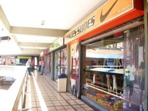 Local Comercial En Ventaen Maracay, Urbanizacion El Centro, Venezuela, VE RAH: 19-13837