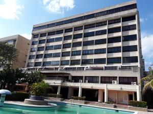 Apartamento En Ventaen Catia La Mar, Playa Grande, Venezuela, VE RAH: 19-6958
