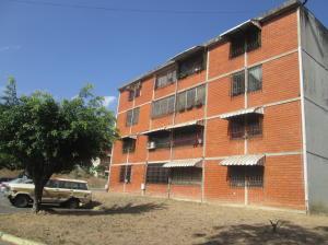 Apartamento En Ventaen Guatire, El Marques, Venezuela, VE RAH: 19-6993