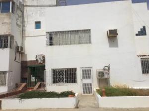 Apartamento En Ventaen Punto Fijo, Casacoima, Venezuela, VE RAH: 19-7103
