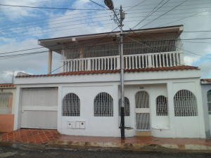 Casa En Ventaen San Joaquin, La Pradera, Venezuela, VE RAH: 19-7109