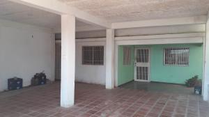 Casa En Ventaen Coro, Barrio San Jose, Venezuela, VE RAH: 19-7236