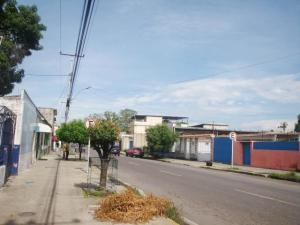 Local Comercial En Ventaen Maracay, Santa Ana, Venezuela, VE RAH: 19-7521