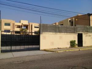 Apartamento En Alquileren Maracaibo, Cumbres De Maracaibo, Venezuela, VE RAH: 19-7151