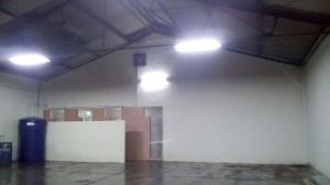 Galpon - Deposito En Ventaen Maracaibo, Avenida Bella Vista, Venezuela, VE RAH: 19-7162