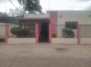 Casa En Ventaen Punto Fijo, Caja De Agua, Venezuela, VE RAH: 19-7223