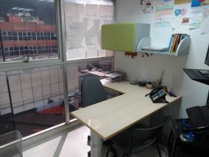 Oficina En Ventaen Caracas, Sabana Grande, Venezuela, VE RAH: 19-7225