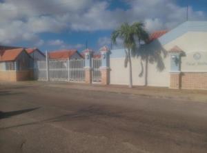 Casa En Ventaen Punto Fijo, Dona Emilia, Venezuela, VE RAH: 19-7229