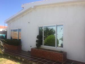 Casa En Ventaen Punto Fijo, Casacoima, Venezuela, VE RAH: 19-7238