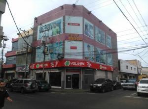 Edificio En Ventaen Punto Fijo, Centro, Venezuela, VE RAH: 19-7243