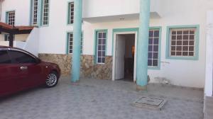 Casa En Ventaen Punto Fijo, Puerta Maraven, Venezuela, VE RAH: 19-7266