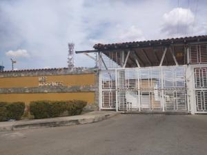Casa En Ventaen Maracay, Avenida Aragua, Venezuela, VE RAH: 19-7352