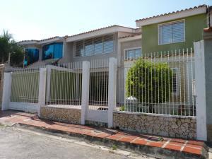 Casa En Ventaen Maracay, Villas Ingenio I, Venezuela, VE RAH: 19-7404