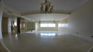 Apartamento En Ventaen Maracaibo, El Milagro, Venezuela, VE RAH: 19-18444