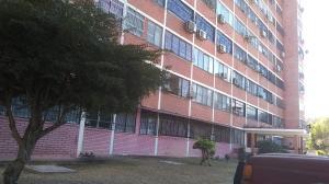 Apartamento En Ventaen Municipio Naguanagua, Los Guayabitos, Venezuela, VE RAH: 19-7520