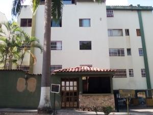 Apartamento En Ventaen Valencia, Valles De Camoruco, Venezuela, VE RAH: 19-7494