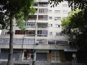 Apartamento En Ventaen Caracas, Colinas De Bello Monte, Venezuela, VE RAH: 19-7650