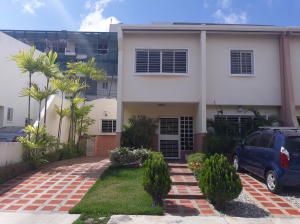 Casa En Ventaen Cabudare, Parroquia Cabudare, Venezuela, VE RAH: 19-7669