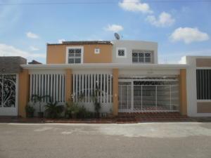 Casa En Ventaen Maracaibo, La Picola, Venezuela, VE RAH: 19-7686
