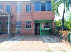 Townhouse En Ventaen Guatire, Terrazas Del Ingenio, Venezuela, VE RAH: 19-7696