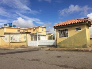 Casa En Ventaen Punto Fijo, Dona Emilia, Venezuela, VE RAH: 19-7699