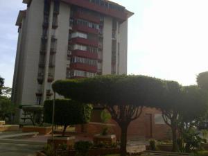 Apartamento En Ventaen Maracaibo, Avenida Delicias Norte, Venezuela, VE RAH: 19-7697