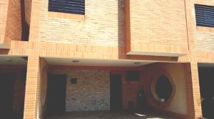 Townhouse En Ventaen Municipio Naguanagua, Manantial, Venezuela, VE RAH: 19-7842