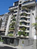 Apartamento En Ventaen Caracas, Los Chaguaramos, Venezuela, VE RAH: 19-7729