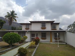 Casa En Ventaen Maracay, El Castaño (Zona Privada), Venezuela, VE RAH: 19-7816